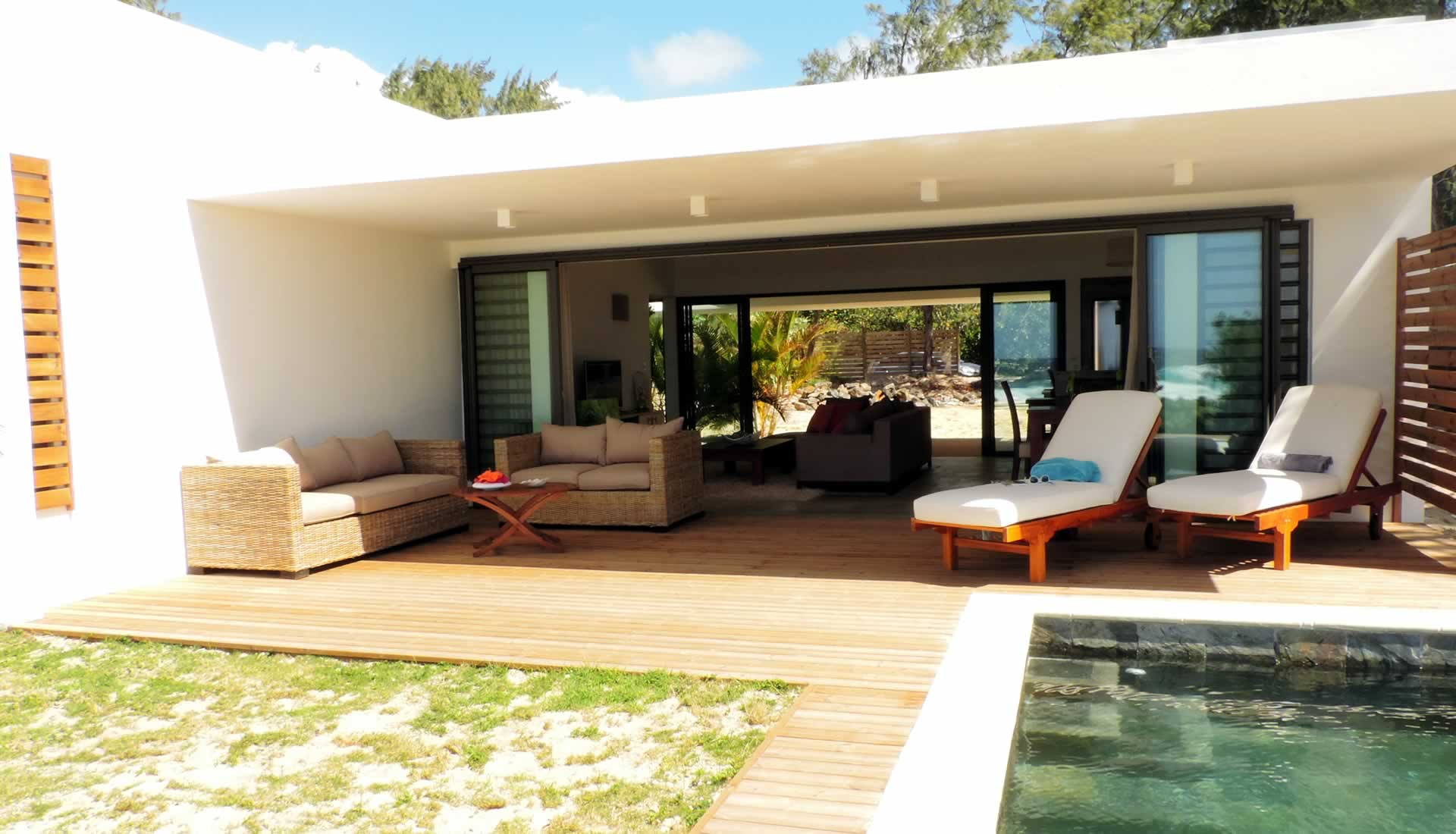 Bungalow Poema by the beach and w/pool in Poste Lafayette
