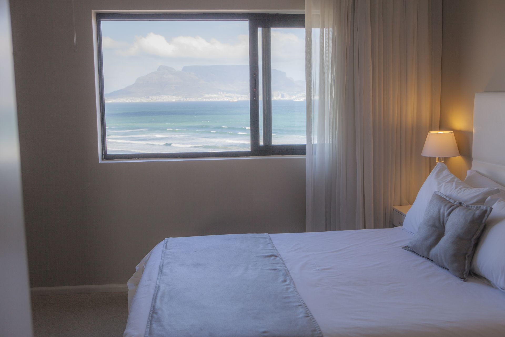 Aquarius Bloubergstrand Deluxe Suite, three bedroom, two bathrooms