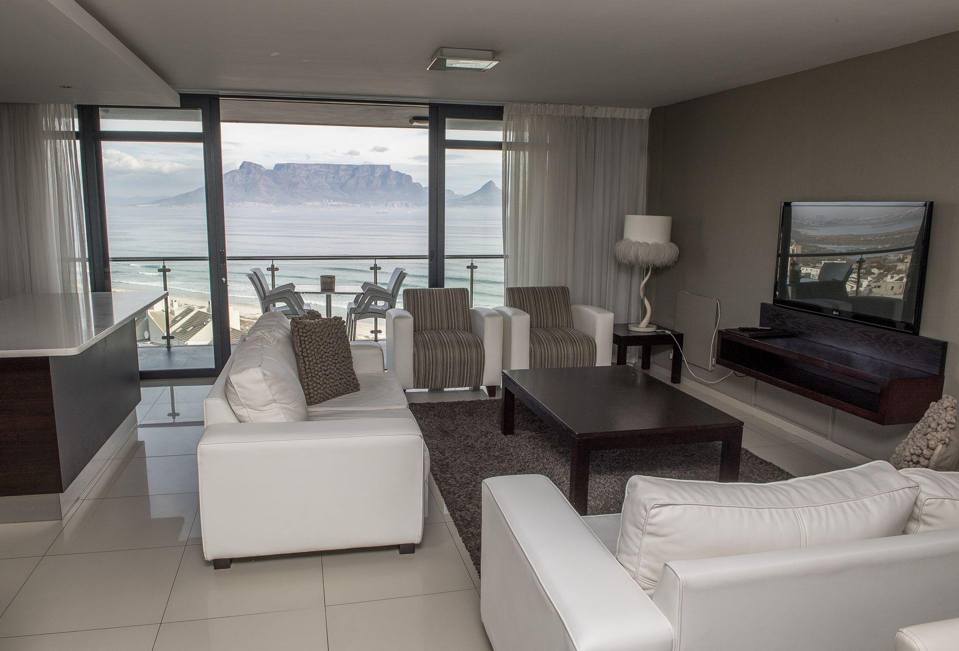 Aquarius Premium Three Bedroom Suite in Bloubergstrand, Cape Town