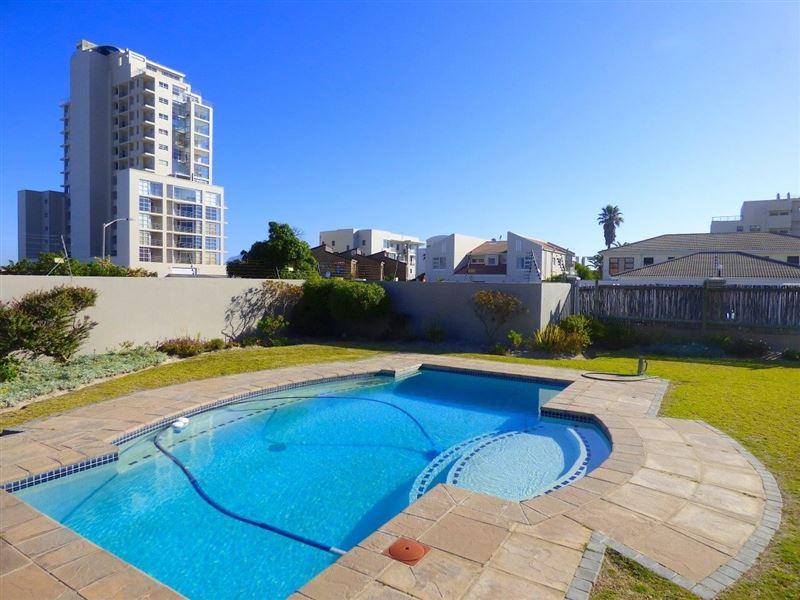 45 Atlantic Terraces Blouberg – Ground Floor Studio with a pool