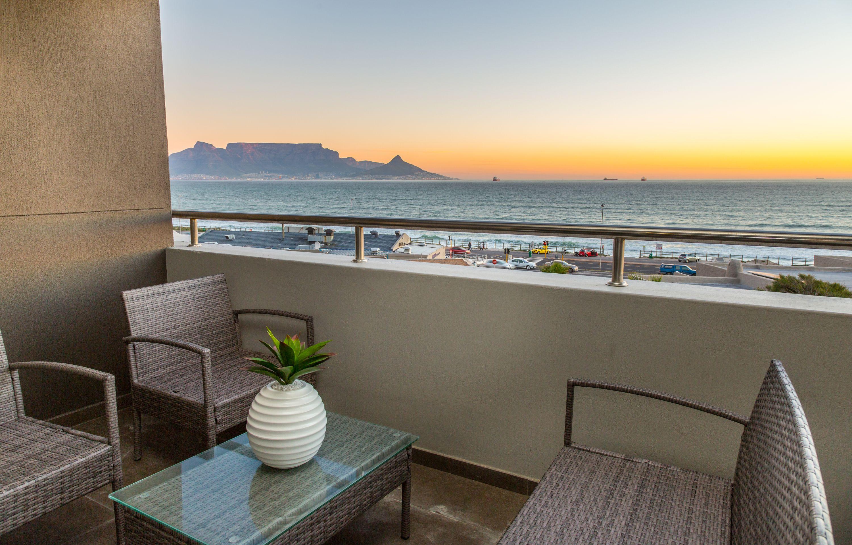 Infinity 2 bedroom beachfront apartment with pool