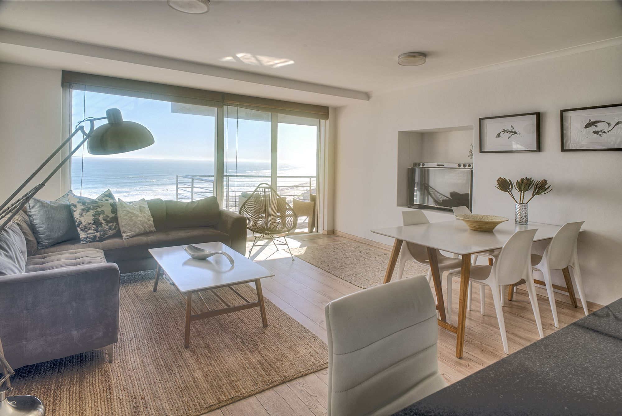 Horizon Bay 603 beachront apartment Blouberg - Cape Town | KiteBnB